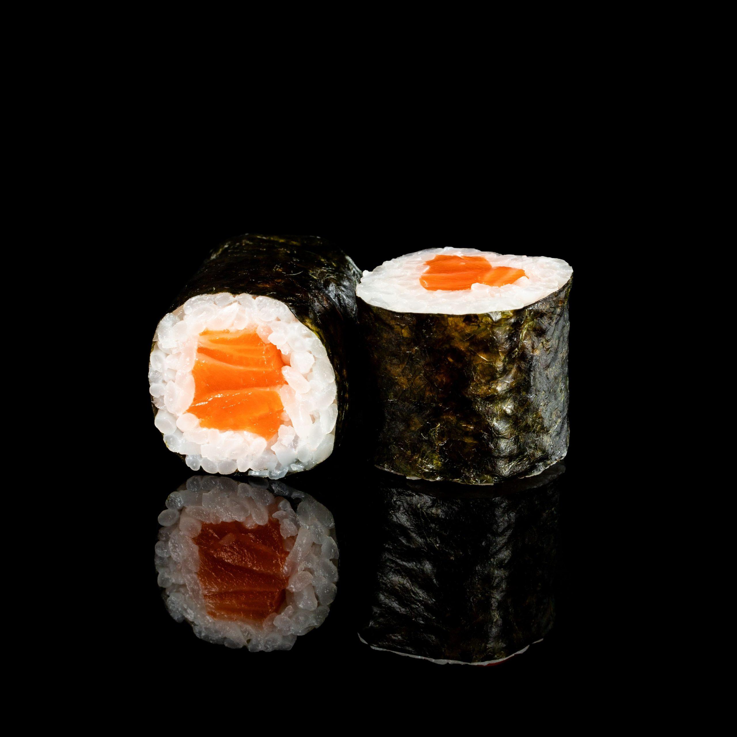 Image / Макі з лососем